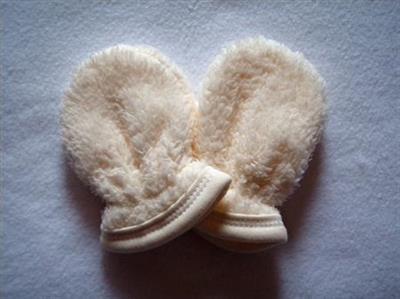 Zimní kojenecké rukavičky WELLSOFT uni - smetanové